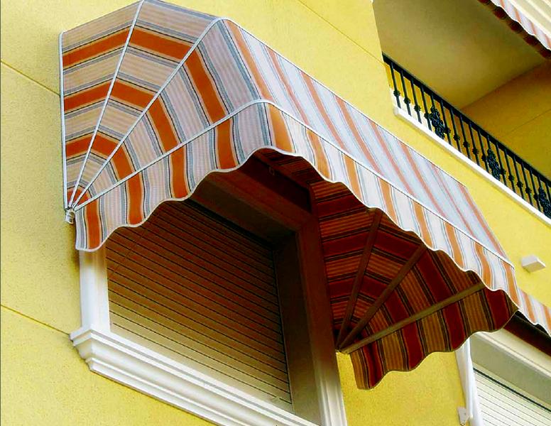 Toldos capota para ventanas toldos roama tel 91 477 18 00 for Cuerdas para toldos